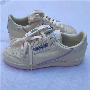 REPOSH adidas continental 80 never worn